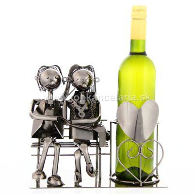 96725 Kovový stojan na víno, motív milenci